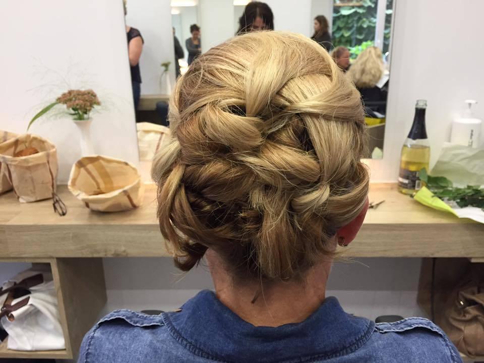 Hair Beauty Salon Hochsteckfrisuren